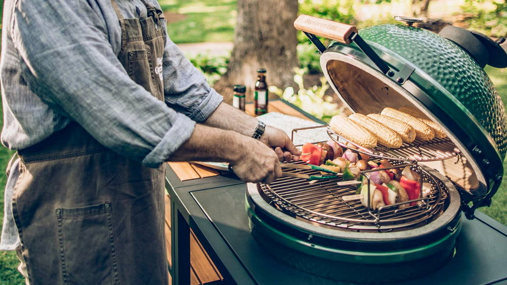 Cooking With the Big Green Egg