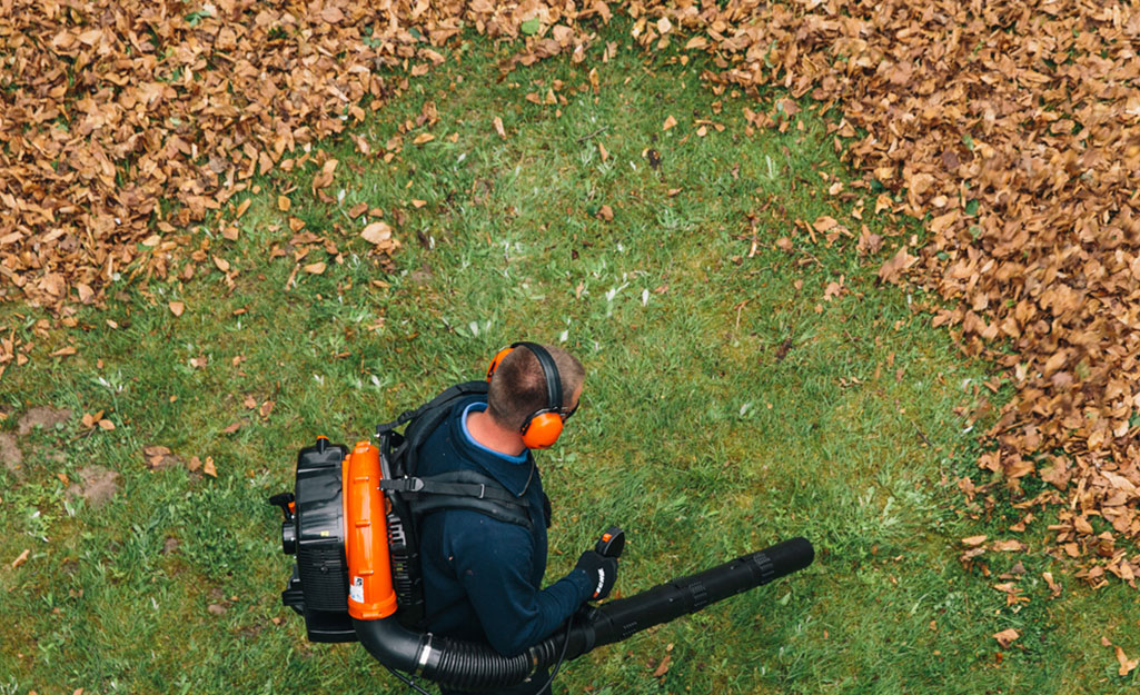 Leaf Blowing Tips